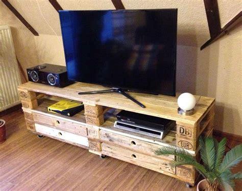 möbel aus holzpaletten tv rack europalette bestseller shop f 252 r m 246 bel und