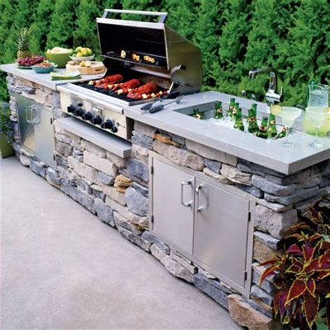 Backyard Grill South by Now That S A Beautiful Backyard Grill