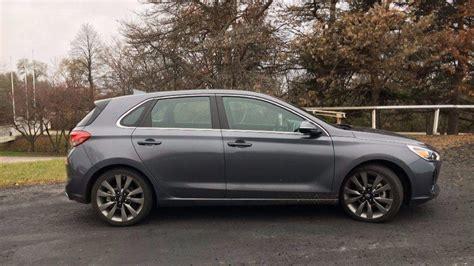 Hyundai Tribune by Hyundai Elantra Gt Sport Outdoes The Honda Civic Hatch In