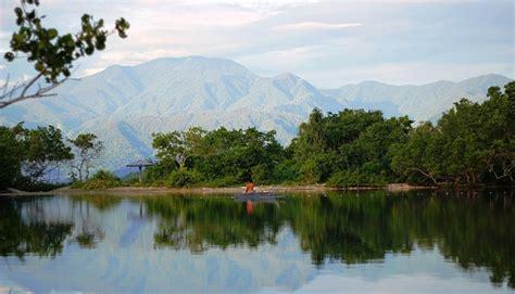 jalan trans papua barat hubungkan  destinasi wisata