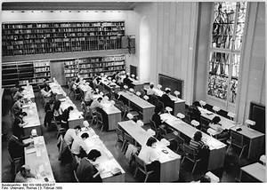 Alte Kommode Berlin : file bundesarchiv bild 183 1989 0203 017 berlin alte bibliothek wikimedia commons ~ Markanthonyermac.com Haus und Dekorationen