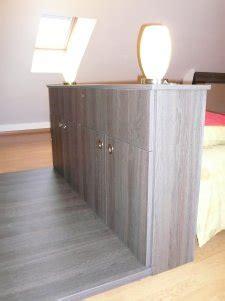 chambre avec tete de lit dressing en chêne de vérone et cappuccino