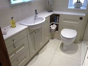 How to pick fitted bathrooms furniture? Bath Decors