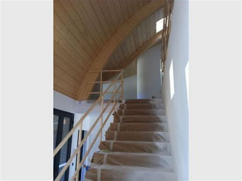 hauteur sous plafond maison une vague de zinc d 233 ferle du toit au sol