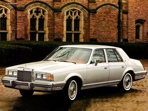 Lincoln Continental 1982–83 pictures (1024x768)
