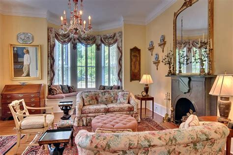Plantation Homes Interior - historic home tour an 1880 victorian mansion beautiful bright