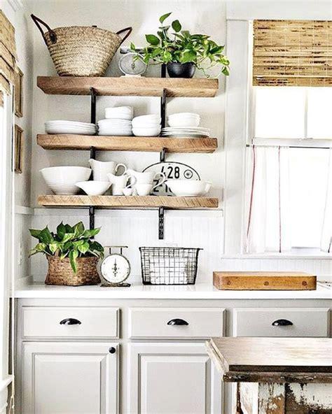 etagere deco cuisine étagères ouvertes dans la cuisine 53 idées photos