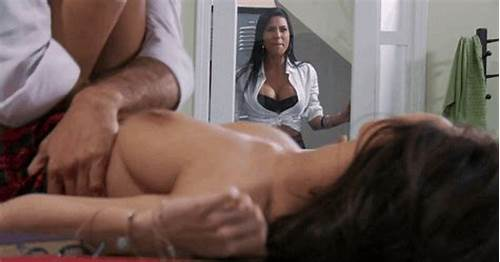 Fuck My Step Neighbor While She Was Stuck In The Submerge #Her #Watching #Him #Cum #Gifs