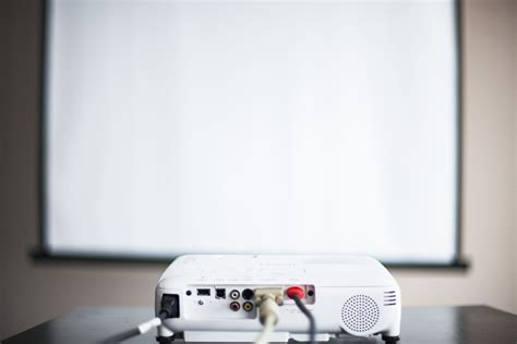 The 10 Best Cheap Projectors of 2020 in 2020 Cool house
