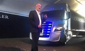 Daimler Event App : daimler adds 2 electric truck models in race with tesla vw ~ Kayakingforconservation.com Haus und Dekorationen