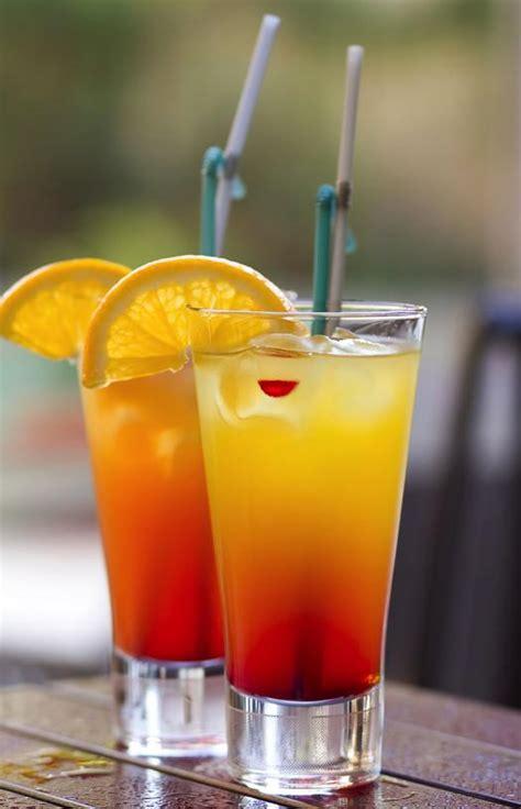 Sizzling Summer Cocktails For Seasonal Soirées