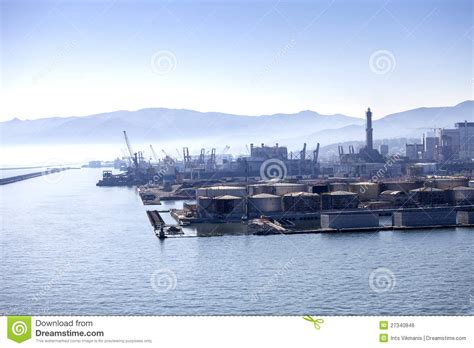panorama du port de g 234 nes en italie image libre de droits image 27340846
