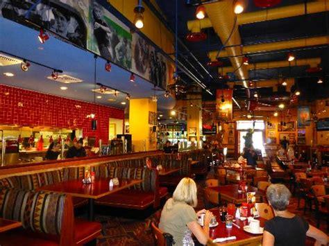 Red Robin Gourmet Burgers, Schaumburg - Restaurant Reviews ...