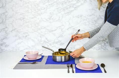 Ātrā un ārprātīgi garšīgā gaileņu - siera zupa
