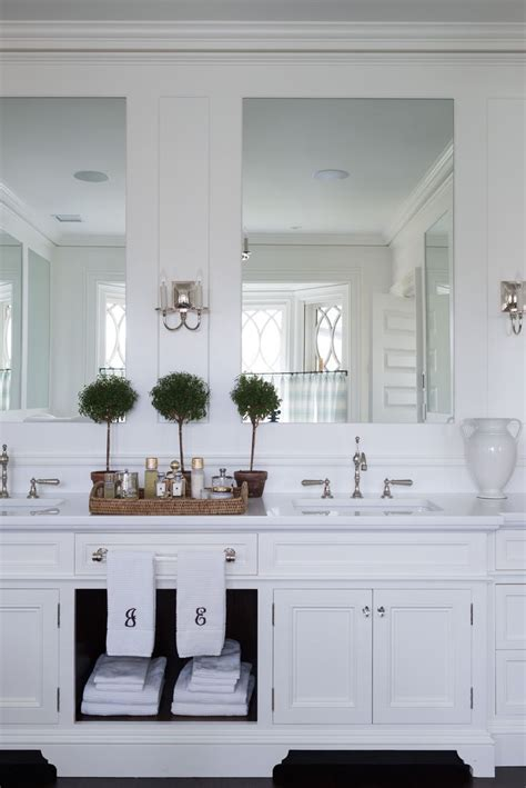 Whats Vanity - 17 best ideas about oval bathroom mirror on