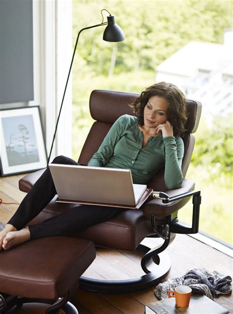 Laptop Desk For Recliner by 41 Best Stressless Images On Recliners