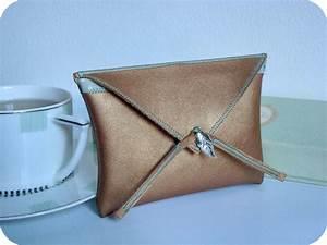 Pochette En Tissu : diy pochette v tue de cuir et de tissu ~ Farleysfitness.com Idées de Décoration