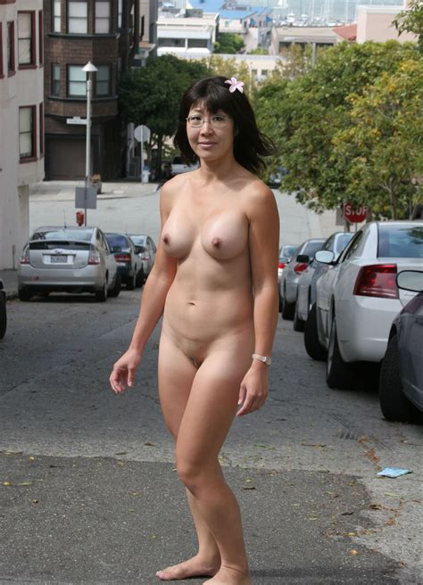 Liyong1231 In Gallery Asian Nude In Public Picture 1
