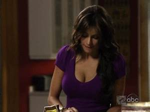 Hardly Porn (x-post from /r/Modern_Family) : funny