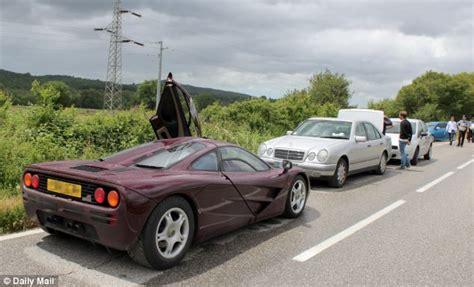 Rowan Atkinson Helped Save Mclaren F1 Driver's Life After