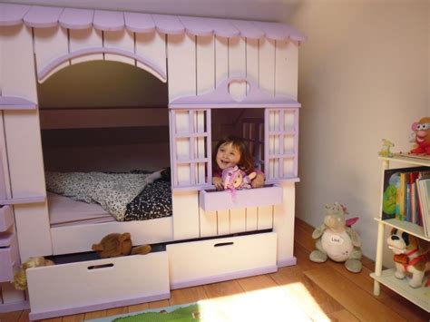 cabane chambre fille lit cabane mini house pour fille et garçon abramacabane