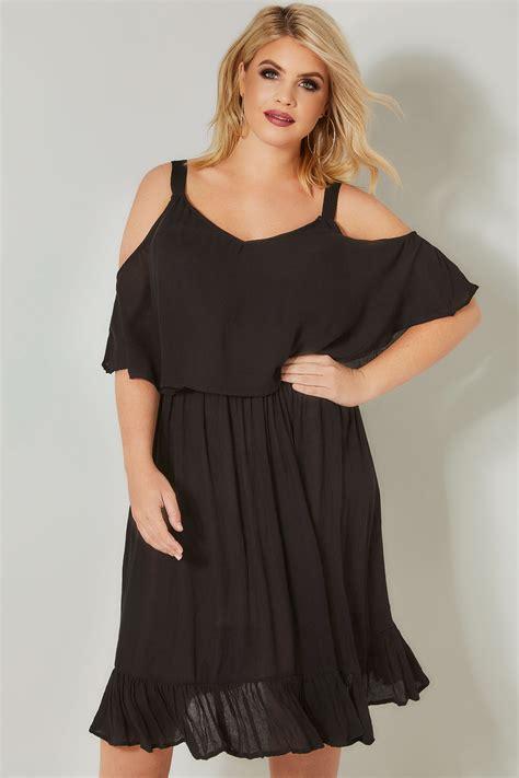 Limited Collection Schulterfreies Kleid In Schwarz, In