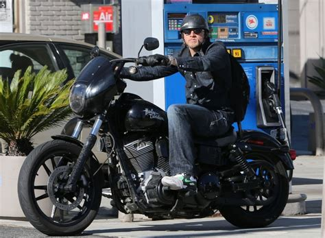 What Type Of Motorcycle Does Jax Ride In Sons Of Anarchy