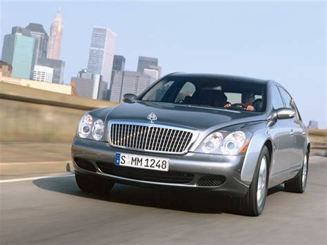 Maybach 62 Motion Front Left 2 1600x1200 Wallpaper