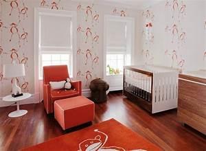 chambre bebe fille 50 idees de deco et amenagement With tapis chambre enfant avec pied de canapé design