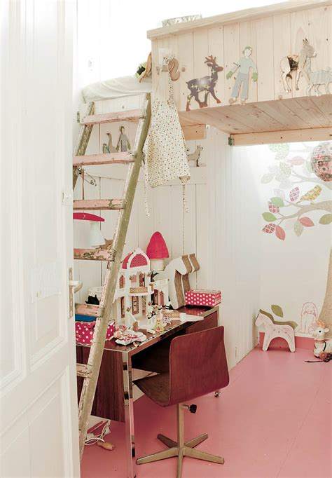 33 Wonderful Girls Room Design Ideas Digsdigs Interiors Inside Ideas Interiors design about Everything [magnanprojects.com]