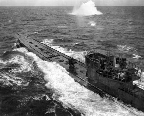 German U Boat Attacks Newfoundland by Batalha Do Atl 226 Ntico 783 Submarinos E 3500 Navios De