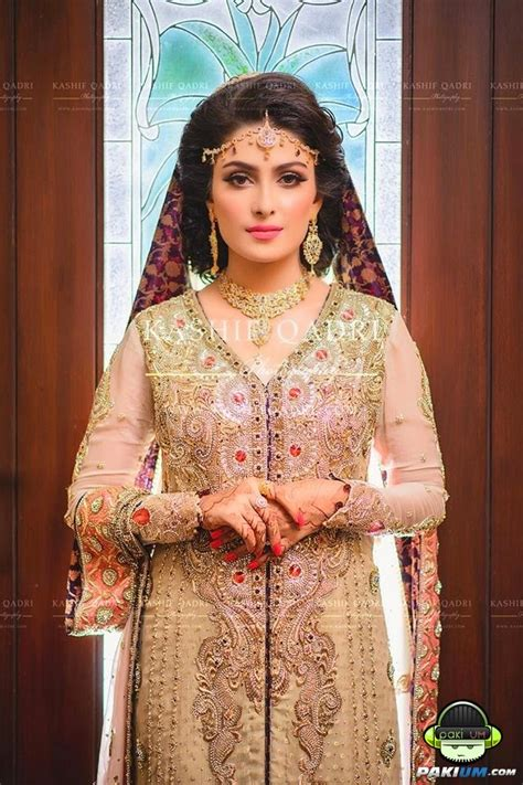 aiza khan  hd wallpapers  mehndiwedding dresses pictures ayeza khan  beautiful