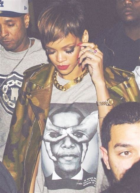 illuminati wear rihanna wearing obama doing the satanic 666