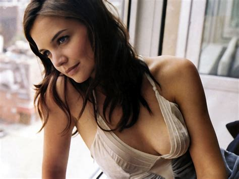 Katie Holmes Hot Or Not Public House Brews