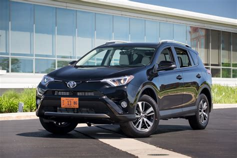 Safe Small Suvs by 2016 Compact Suv Driving Ranges News Cars