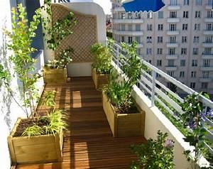 decorer un balcon latest comment amnager un petit balcon With decoration balcon long et etroit
