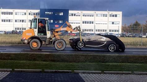 bugatti chiron crash  wolfsburg