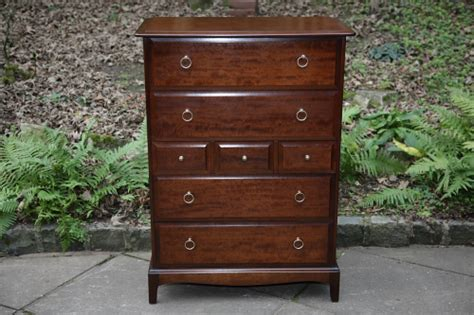 stag minstrel mahogany bedroom chest  drawers dressing