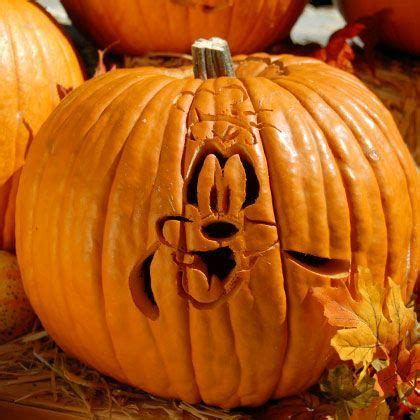 goofy pumpkin carving template pumpkin carving disney