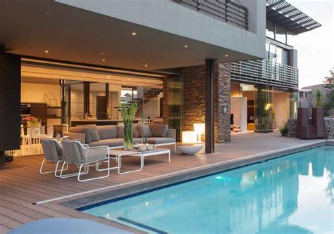 desain rumah tingkat mewah  kolam renang rumahmu