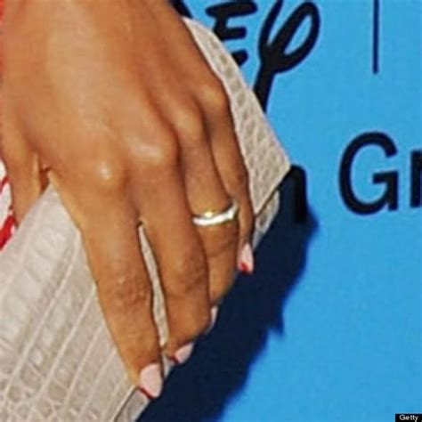 kerry washington debuts wedding ring weddbook