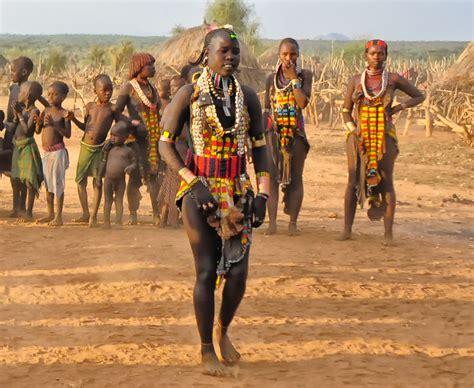 File:Hamar Tribe, Turmi, Ethiopia (6988596476).jpg ...