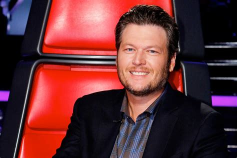 blake shelton voice blake shelton to return for season 11 of nbc s the voice