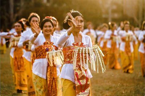 Contoh artikel bahasa sunda tentang pendidikan. Contoh Artikel Sunda Tentang Budaya : Contoh Artikel Pendidikan Dalam Bahasa Sunda Lowongan ...