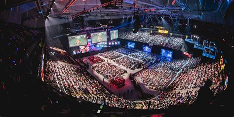 riot games unveils plans    lol world