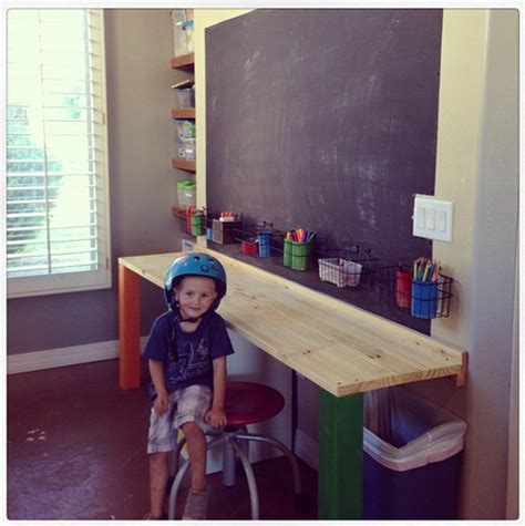 currents  kid spaces desk table