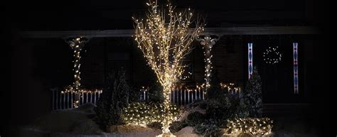 how to wrap christmas lights how to wrap a tree with christmas lights canadian tire