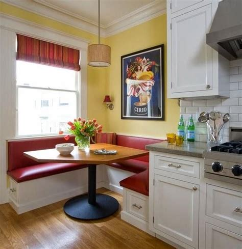 Corner Kitchen Booth Ideas by 25 Best Ideas About Kitchen Corner Booth On