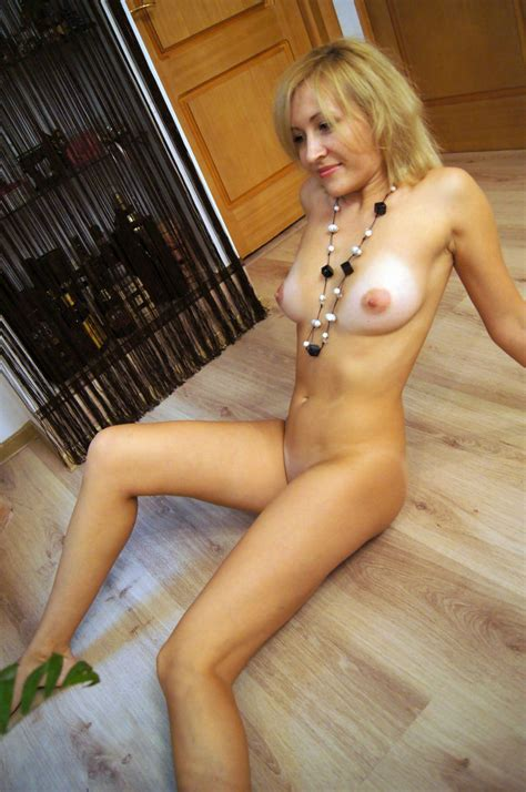 russian blonde milf with big boobs on vacation russian sexy girls