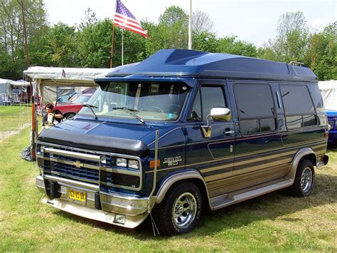 1993 Chevrolet Chevy Van  Information And Photos